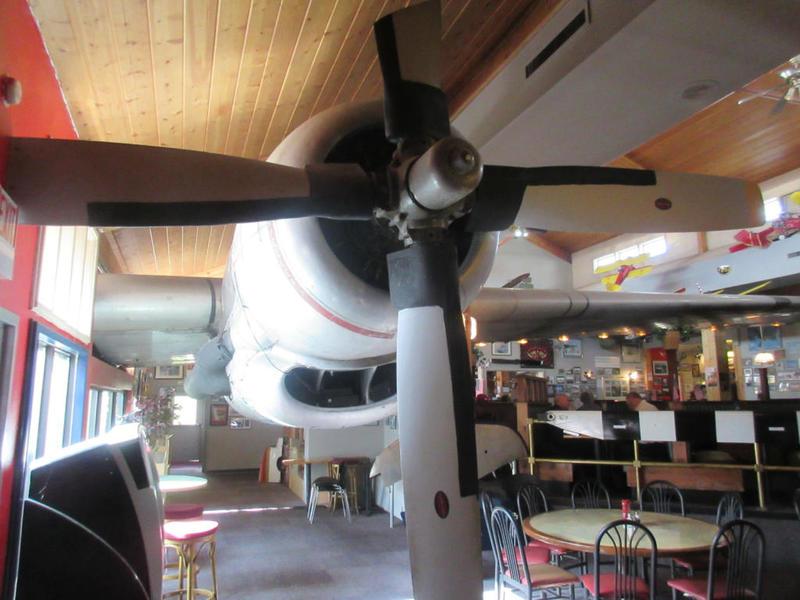 مطاعم الطائرات