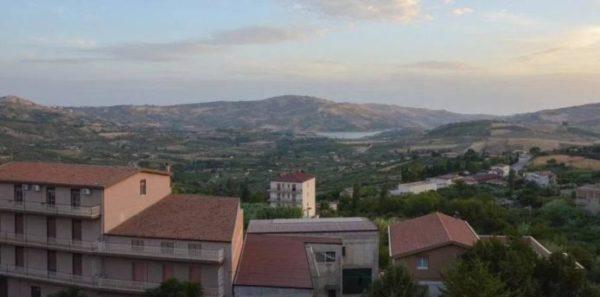 اشتري منزلك الجديد في إيطاليا ب1 يورو